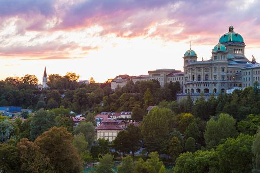 スイス「Switzerland, Bern, Federal Palace at dusk」:スマホ壁紙(19)
