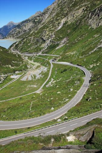 Hairpin Curve「Switzerland, Crimsel Pass」:スマホ壁紙(11)