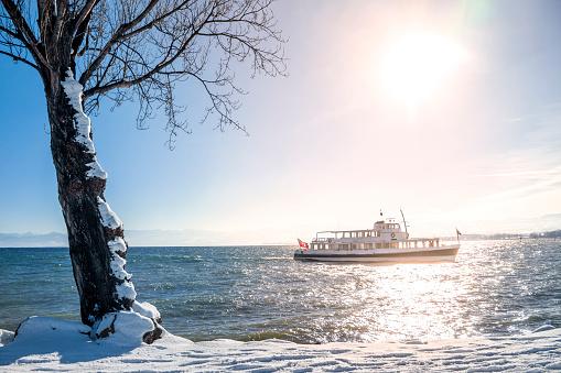 Thurgau「Switzerland, Thurgau, Lake Constance, ferry in winter」:スマホ壁紙(16)