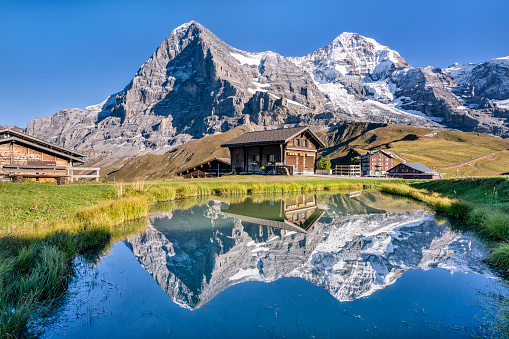 Water's Edge「Switzerland, Bernese Oberland, Bernese Alps, Kleine Scheidegg, Eiger, Moench and Jungfrau」:スマホ壁紙(13)