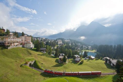 Arosa「Switzerland, Grisons, Railroad, Arosa in background」:スマホ壁紙(14)