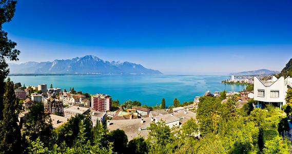Vaud Canton「Switzerland, Canton Vaud, Montreux, Lake Geneva, Villa」:スマホ壁紙(13)