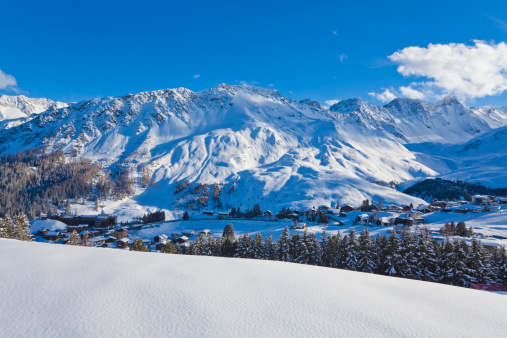 Arosa「Switzerland, View of mountains covered with snow at Arosa」:スマホ壁紙(8)