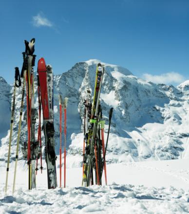 Ski Pole「Switzerland, Skis in snow」:スマホ壁紙(18)