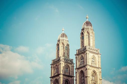Steeple「Switzerland, Zurich, Great Minster, Church Spires」:スマホ壁紙(13)