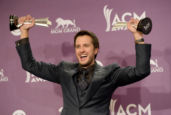 Performer「48th Annual Academy Of Country Music Awards - Press Room」:写真・画像(3)[壁紙.com]