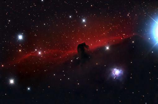 星空「馬頭星雲」:スマホ壁紙(10)