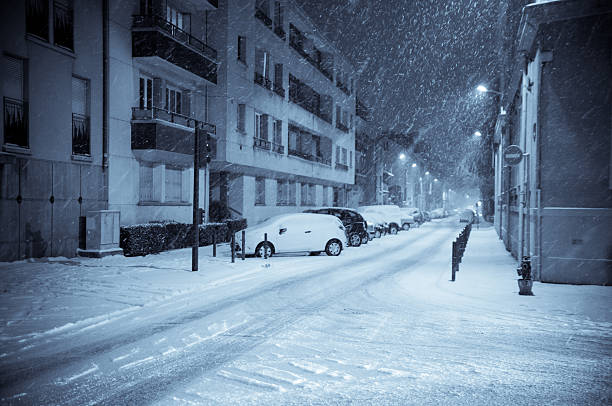 Winter Night on the Street:スマホ壁紙(壁紙.com)