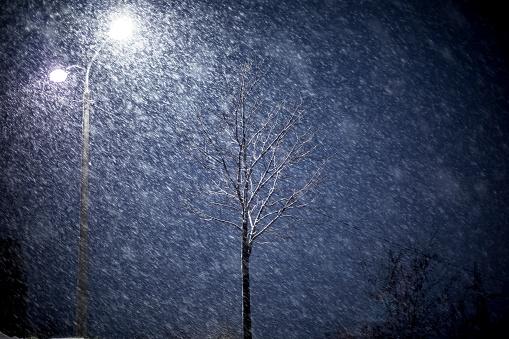 吹雪「冬の夜」:スマホ壁紙(0)