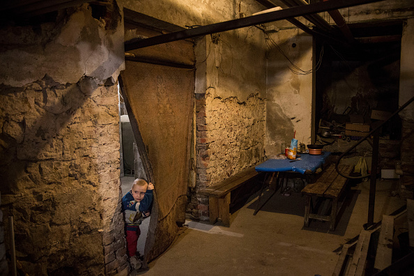 Basement「Conflict In Eastern Ukraine Takes Its Toll On Donetsk」:写真・画像(8)[壁紙.com]