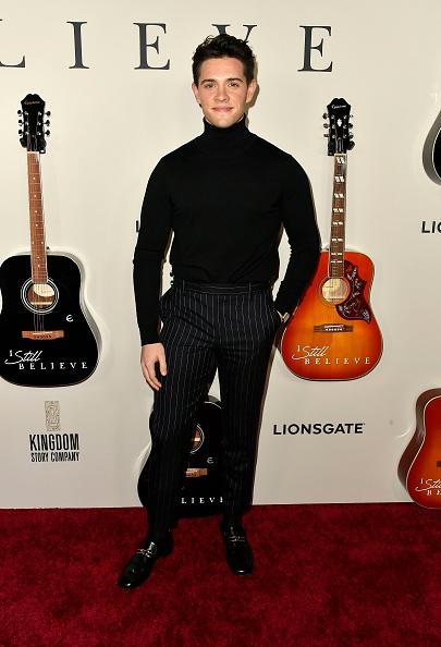 "Casey Cott「Premiere Of Lionsgate's ""I Still Believe"" - Arrivals」:写真・画像(17)[壁紙.com]"