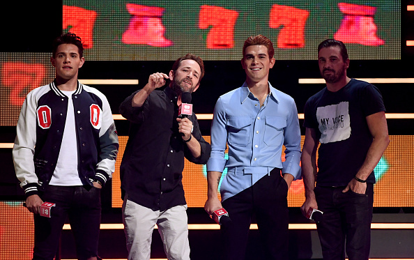Casey Cott「2018 iHeartRadio Music Festival -  Night 2 - Show」:写真・画像(15)[壁紙.com]
