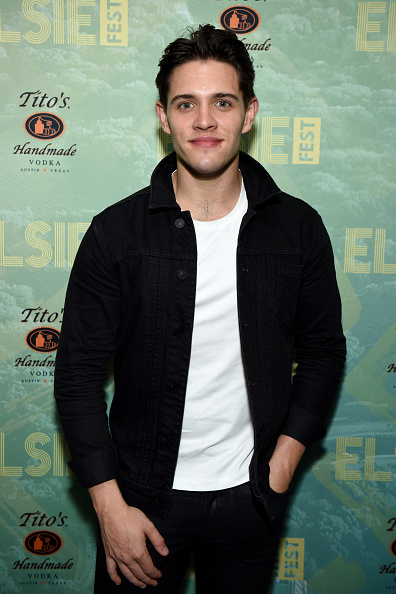 Casey Cott「4th Annual Elsie Fest, Broadway's Outdoor Music Festival」:写真・画像(0)[壁紙.com]