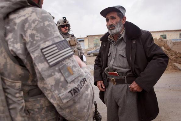 Josh Taylor「Soldiers Patrol Sar Hawza District Of Afghanistan」:写真・画像(5)[壁紙.com]