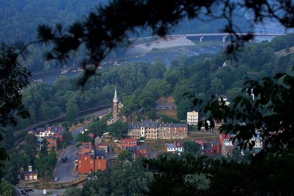 Town「A Journey Through Hallowed Ground」:写真・画像(4)[壁紙.com]