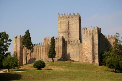 Castle「Guimarães Castle」:スマホ壁紙(4)