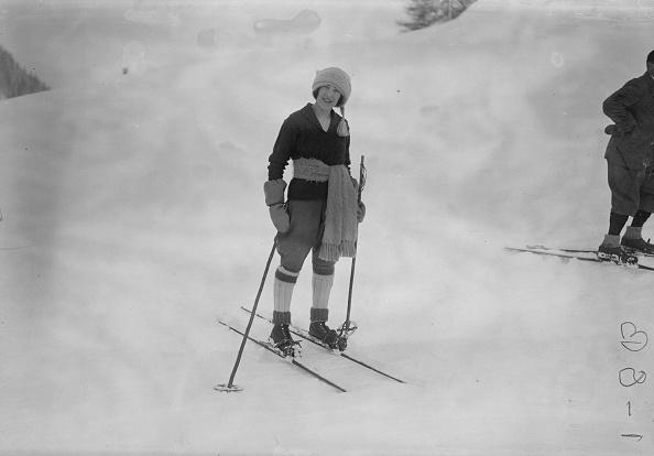 Mountain「Woman On Skis」:写真・画像(5)[壁紙.com]