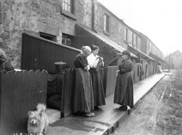 Lancashire「Miners' Wives Talking」:写真・画像(16)[壁紙.com]