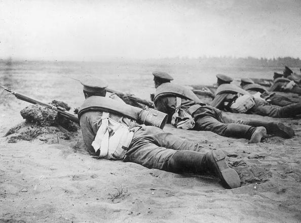 In A Row「Wartime Skirmish」:写真・画像(12)[壁紙.com]