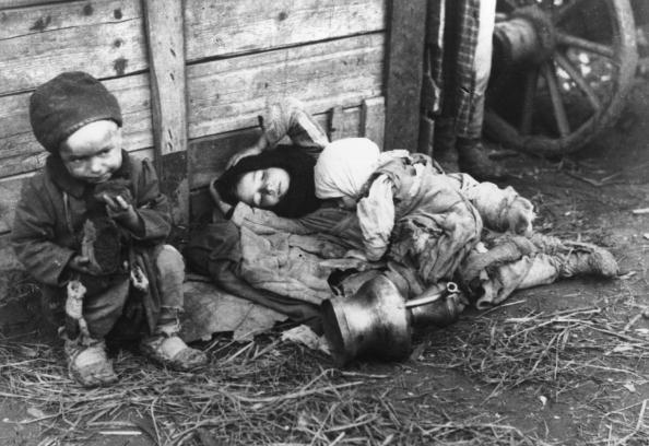 Russian Culture「Starving Children」:写真・画像(4)[壁紙.com]