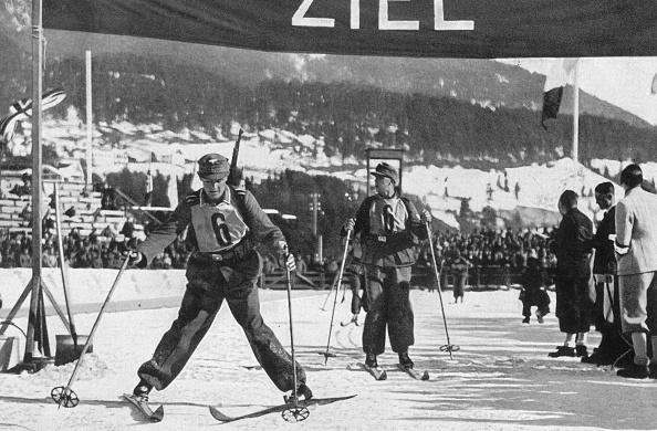 Garmisch-Partenkirchen「Skiing」:写真・画像(5)[壁紙.com]
