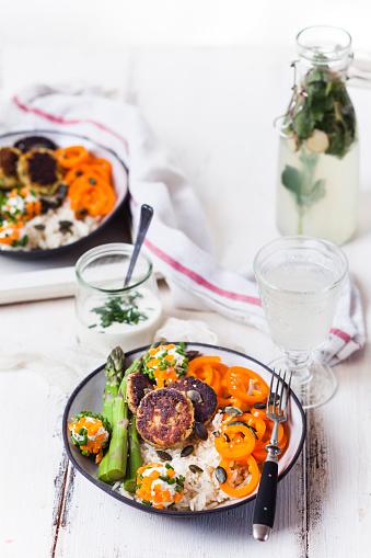 Asparagus「Vegetarian lunch bowl of rice, various vegetables and Labnee balls」:スマホ壁紙(1)