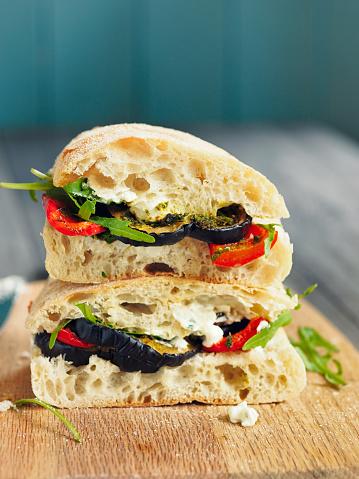 Ciabatta「Vegetarian roasted aubergine ciabatta sandwich」:スマホ壁紙(3)