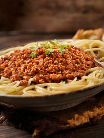 Veggie Burger「Vegetarian Spaghetti Bolognese with Plant Based Protein Meat Substitute」:スマホ壁紙(6)