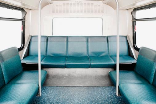 Seat「Empty bus」:スマホ壁紙(17)