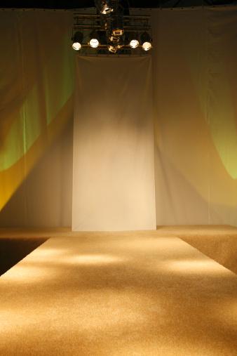 Catwalk - Stage「Empty catwalk before the fashion show」:スマホ壁紙(5)
