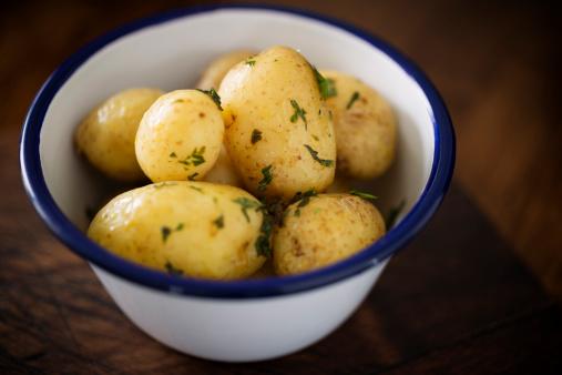 Mint Leaf - Culinary「Bowl of new potatoes」:スマホ壁紙(12)
