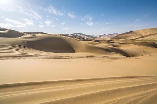 アウバリ砂海「Desert,Inner Mongolia,China」:スマホ壁紙(9)