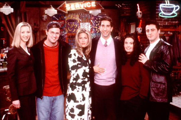 Television Show「Friends Special Episode The One That Could Have Been, Part One From L R: Lisa Kudrow Matthew Per」:写真・画像(1)[壁紙.com]