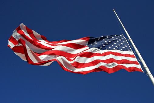 Patriotism「Half Mast」:スマホ壁紙(3)