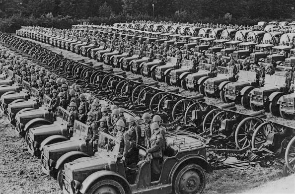 Piedmont - Italy「Artillery Tractors」:写真・画像(16)[壁紙.com]