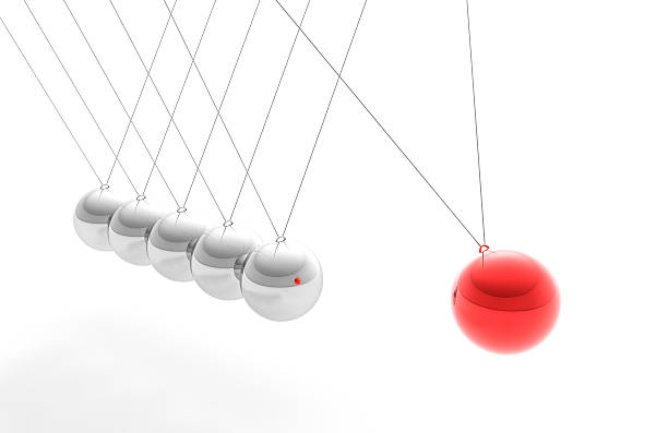 Newton's Cradle with Red Sphere, Individuality Concept (XXXL):スマホ壁紙(壁紙.com)