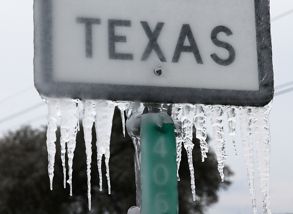 Weather「Texas Struggles With Unprecedented Cold And Power Outages」:写真・画像(4)[壁紙.com]