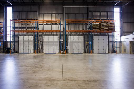 Factory「Warehouse loading dock」:スマホ壁紙(1)
