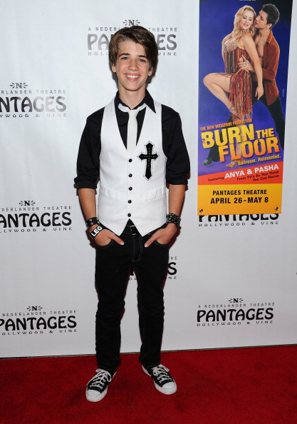 """Cross Shape「Opening Night Of """"Burn The Floor"""" At The Pantages Theatre - Red Carpet」:写真・画像(1)[壁紙.com]"""