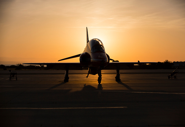 Republic Of Cyprus「The Red Arrows RAF Display Team Conduct Training Exercises Ahead Of Their Season」:写真・画像(14)[壁紙.com]