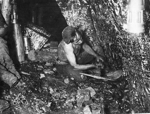 Coal Mine「Miner At Work」:写真・画像(18)[壁紙.com]
