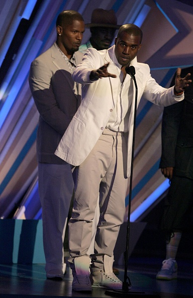 Kanye West - Musician「BET Awards '06 - Show」:写真・画像(6)[壁紙.com]