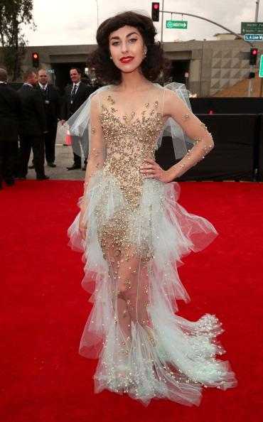 Train - Clothing Embellishment「The 55th Annual GRAMMY Awards - Red Carpet」:写真・画像(17)[壁紙.com]