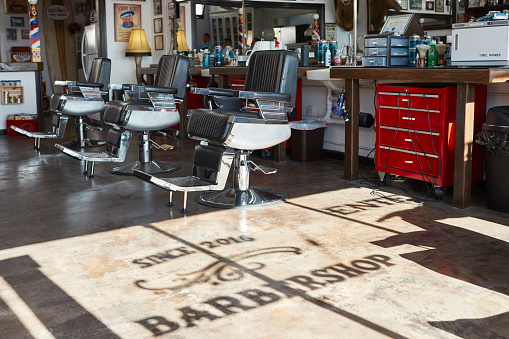 Manhattan Beach「Barber shop」:スマホ壁紙(6)
