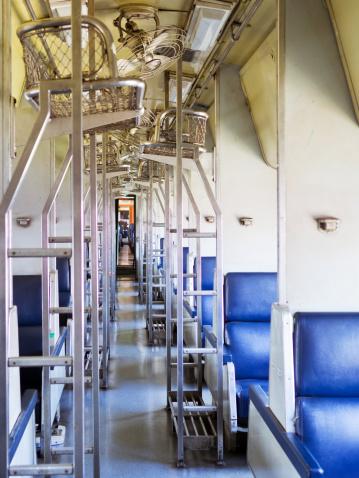 Ceiling Fan「Train interior」:スマホ壁紙(3)