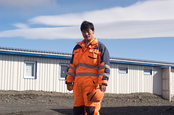 Construction Industry「There are over 1.500 contract workers employed in the construction of the Karahnjukar dam in Iceland. The workers are mainly from China which makes the largest group followed by Portugal, Italy, Pakistan and so forth.  The camp at the top of the Dam is t」:写真・画像(4)[壁紙.com]