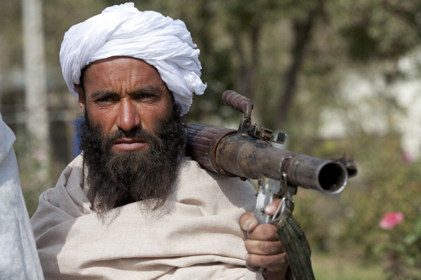 Militant Groups「Taliban Militants Surrender In Herat Province」:写真・画像(1)[壁紙.com]
