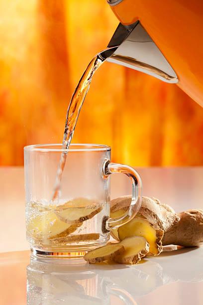 Ginger tea with hot water, close up:スマホ壁紙(壁紙.com)