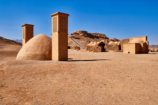 Yazd「Tower of Silence, Yazd, Iran」:スマホ壁紙(15)