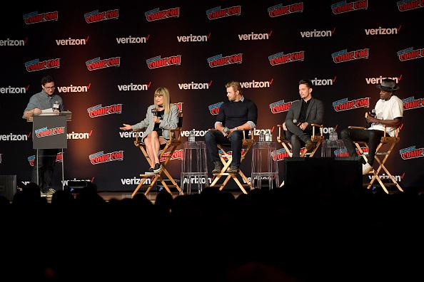 Edi Gathegi「2018 New York Comic Con - Day 4」:写真・画像(7)[壁紙.com]